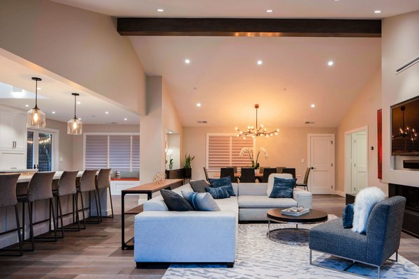 Here's How to Achieve Professional Lighting Design in Your Home With a Simple Switch