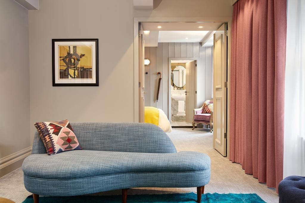 Living Room, Recessed Lighting, Sofa, Carpet Floor, and Rug Floor  Pulitzer Amsterdam