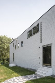 A Major Restoration Updated This Midcentury Landmark in Belgium - Photo 37 of 38 -