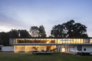 A Major Restoration Updated This Midcentury Landmark in Belgium - Photo 32 of 38 -