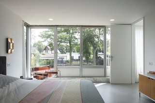 A Major Restoration Updated This Midcentury Landmark in Belgium - Photo 35 of 38 -