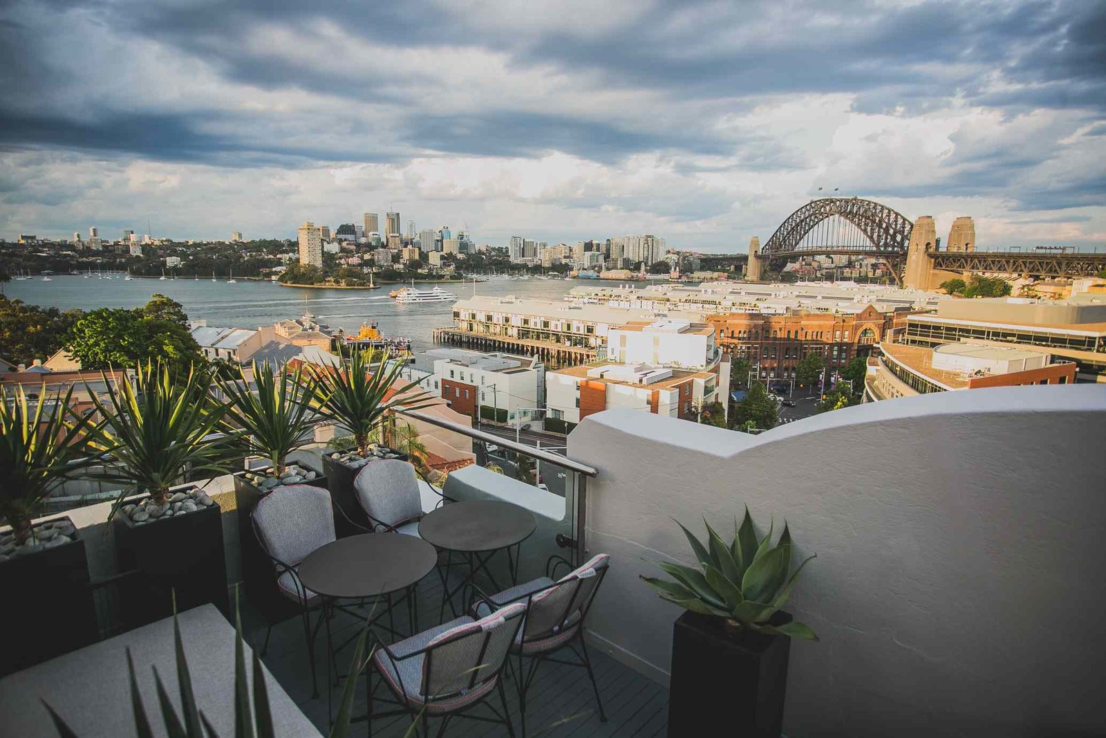 Outdoor and Rooftop  Hotel Palisade