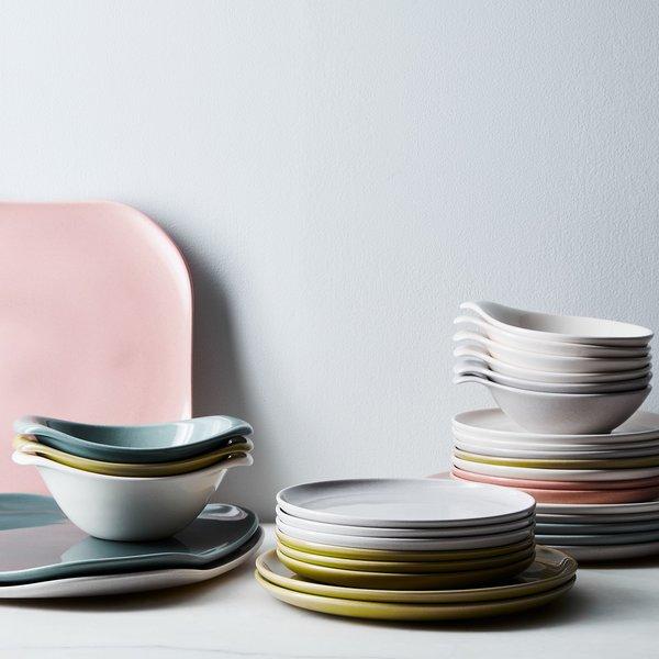 Bauer Pottery Russel Wright American Modern Dinnerware & Serveware