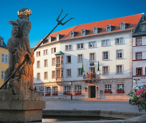 Hotel elephant modern home in weimar thuringia germany for Design hotel elephant