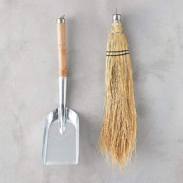 Terrain Fireplace Shovel & Brush Set