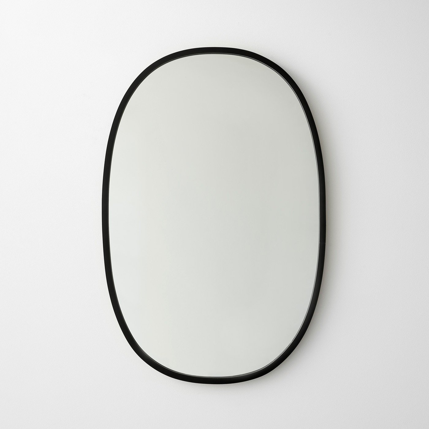 Umbra Hub Black Oval Mirror
