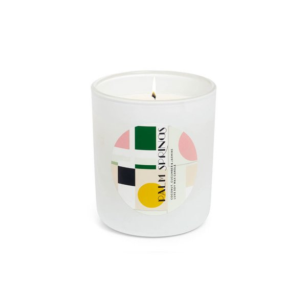DAN300 Resort Luxe Scented Soy Wax Candle