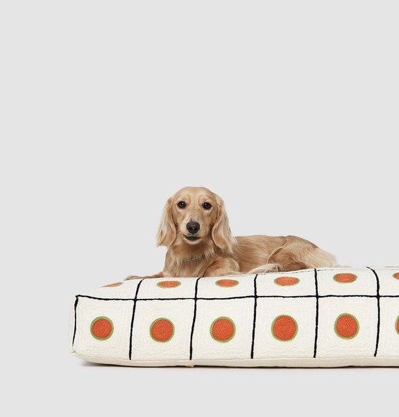 Dusen Dusen Dot Dog Bed
