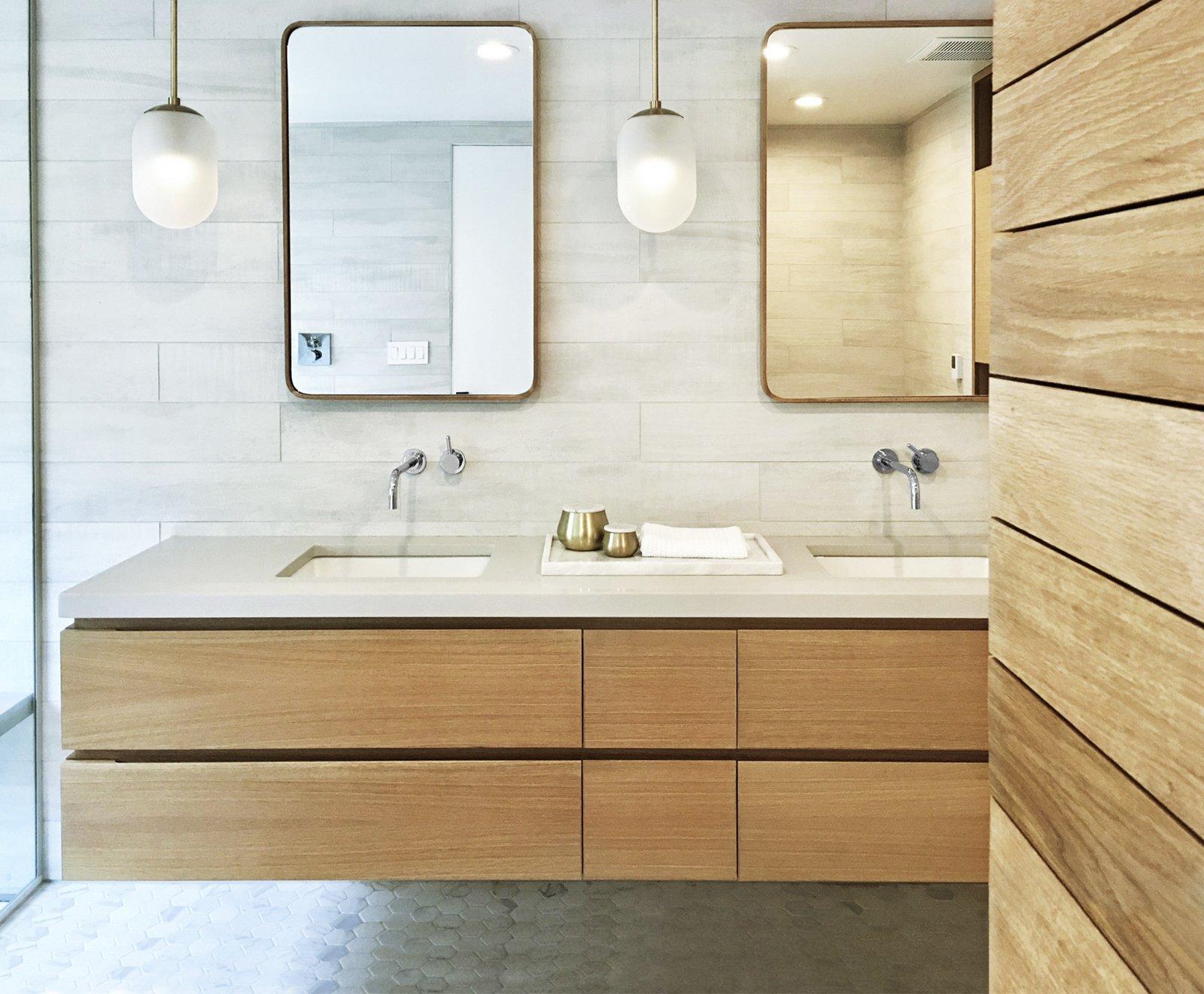 Bath, Undermount, Pendant, Porcelain Tile, Engineered Quartz, and Ceramic Tile  Bath Engineered Quartz Ceramic Tile Pendant Photos from 8 Svelte Kitchens and Baths We Love From Instagram