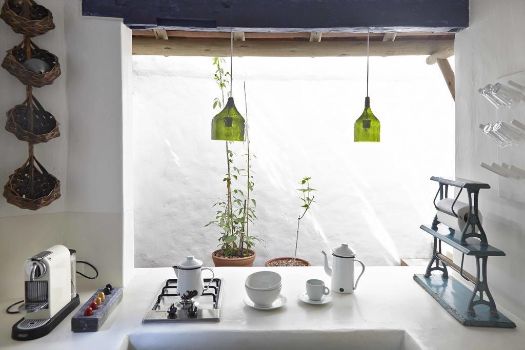 Kitchen, Pendant Lighting, and Cooktops  UXUA Casa Hotel & Spa