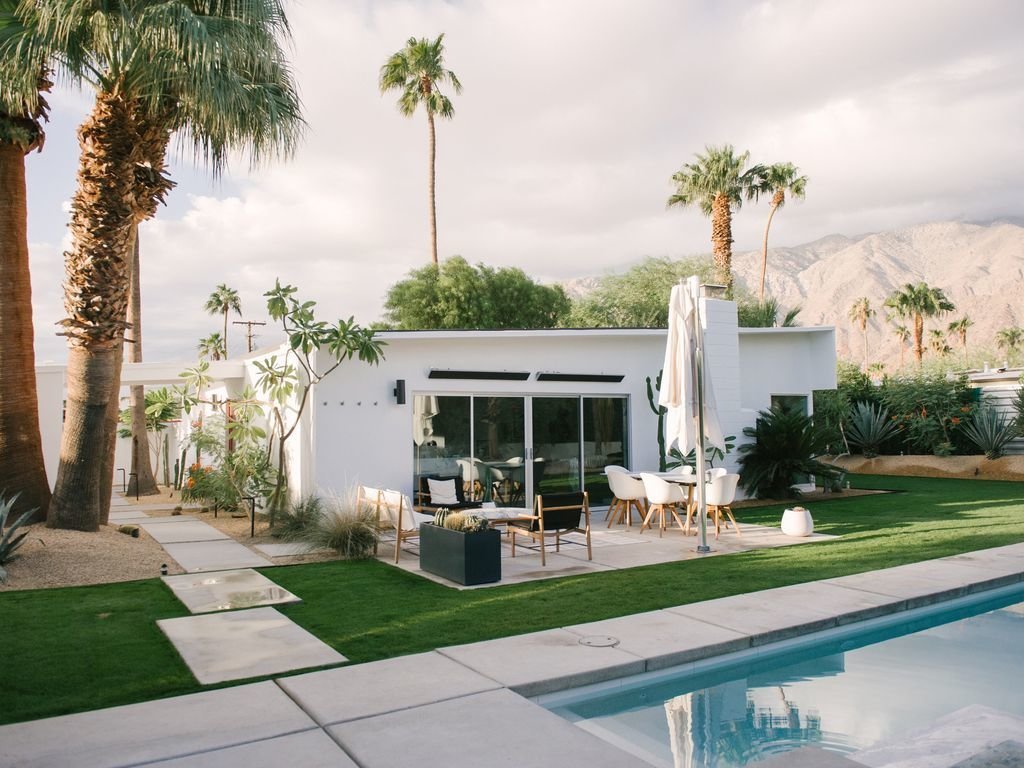 Outdoor, Concrete Patio, Porch, Deck, Grass, Back Yard, Large Pools, Tubs, Shower, Swimming Pools, Tubs, Shower, Large Patio, Porch, Deck, Hardscapes, and Hanging Lighting  Le Mode PS