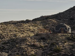 A Tech Entrepreneur Rehabs an Off-Grid Dome Home in Joshua Tree