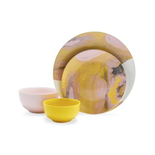 Drew Barrymore Flower Home Vintage Marble 16 Piece Dinnerware Set - Jamaican Yellow