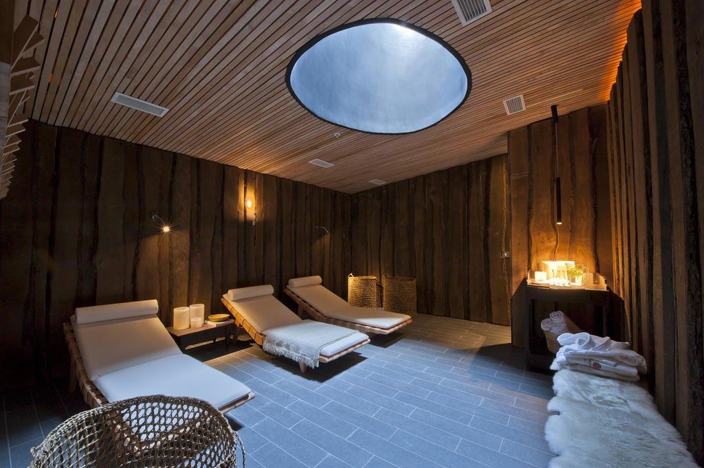 Bath Room  Tierra Patagonia Hotel & Spa
