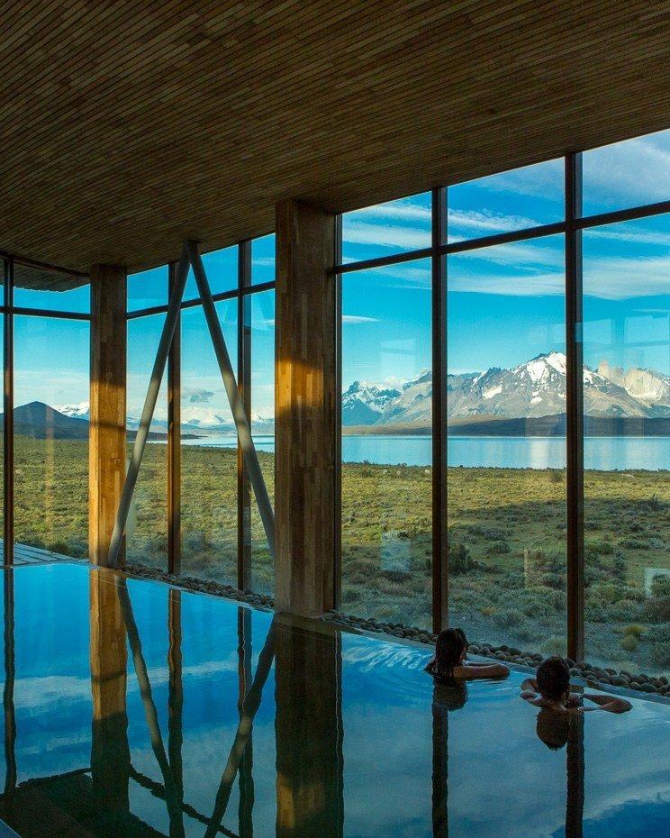 Windows  Tierra Patagonia Hotel & Spa