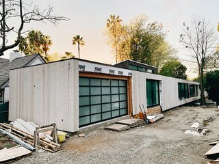 Los Angeles Bridge House by Dwell and Dan Brunn Architecture Nears Completion