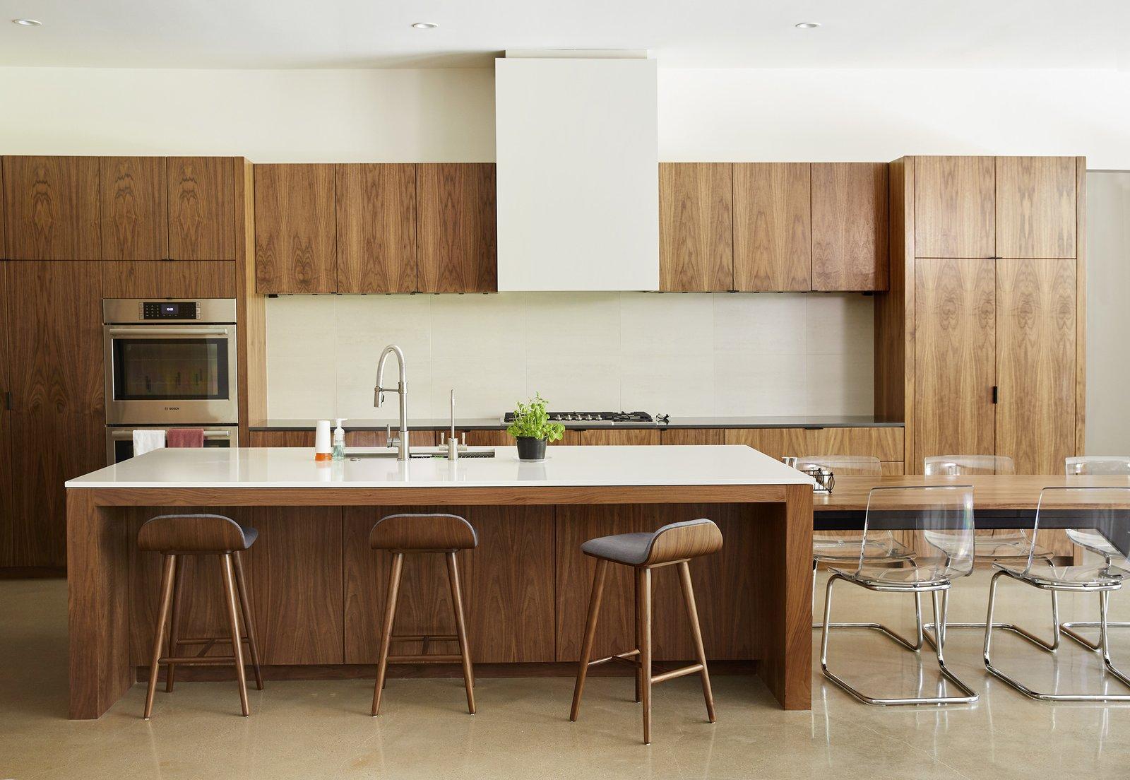 StudioMET Architects Westview Residence wood kitchen
