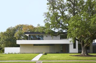 StudioMET Transforms a Texas Ranch Into a Home Fit for Three Generations