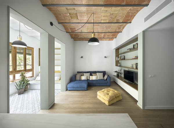 Barrel Vaulted Ceilings Take This Barcelona Apartment To New