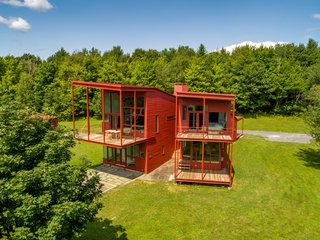 Legendary Architect Steven Holl's Y House in the Catskills Hits the Market For $1.6M