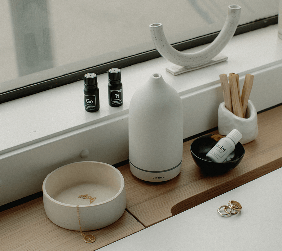 Vitruvi's Diffuser Looks as Good as it Makes Your Room Smell