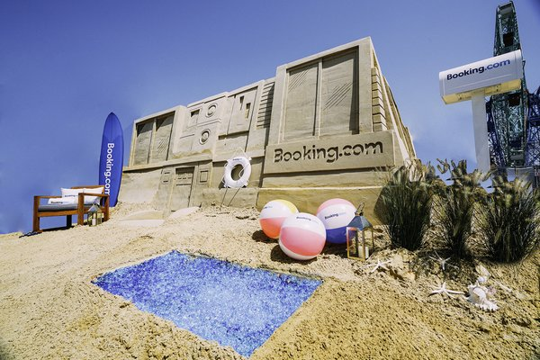 Coney Island's Newest Hotel Is a Miniature Mansion Made of Sand