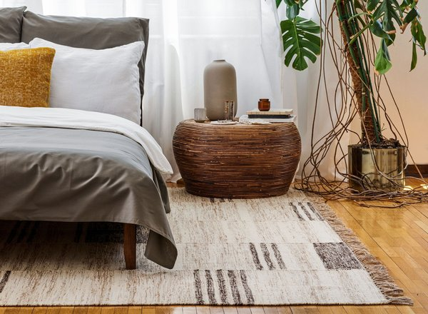 25 Handsome Bedroom Rugs Under $700