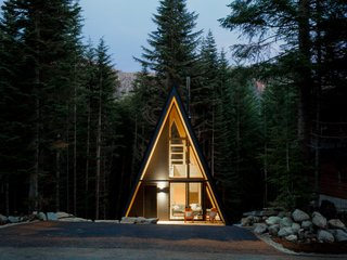 A Prefab A-Frame at the Foot of Washington's Slopes Lists for $746K