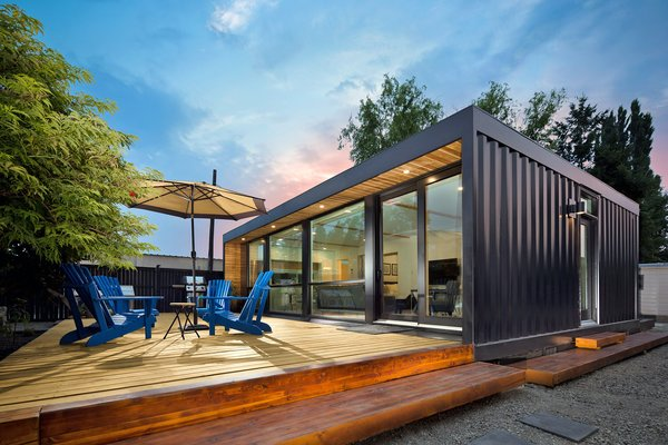 5 of Our Favorite Shipping Container Companies in North America