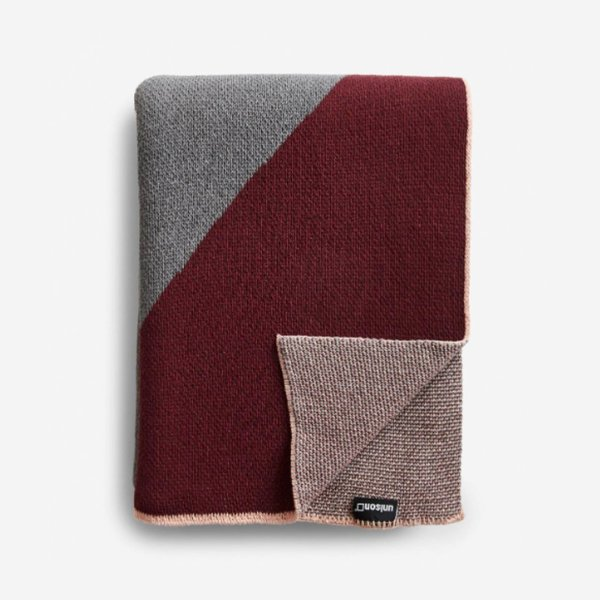 Unison Turin Burgundy Knit Throw Blanket
