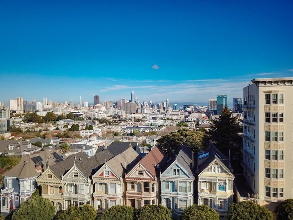 One of San Francisco's Instantly Recognizable Painted Ladies Lists for $2.75M