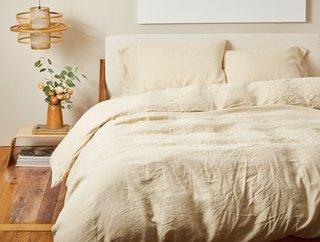 Coyuchi Organic Relaxed Linen Minimalist Set