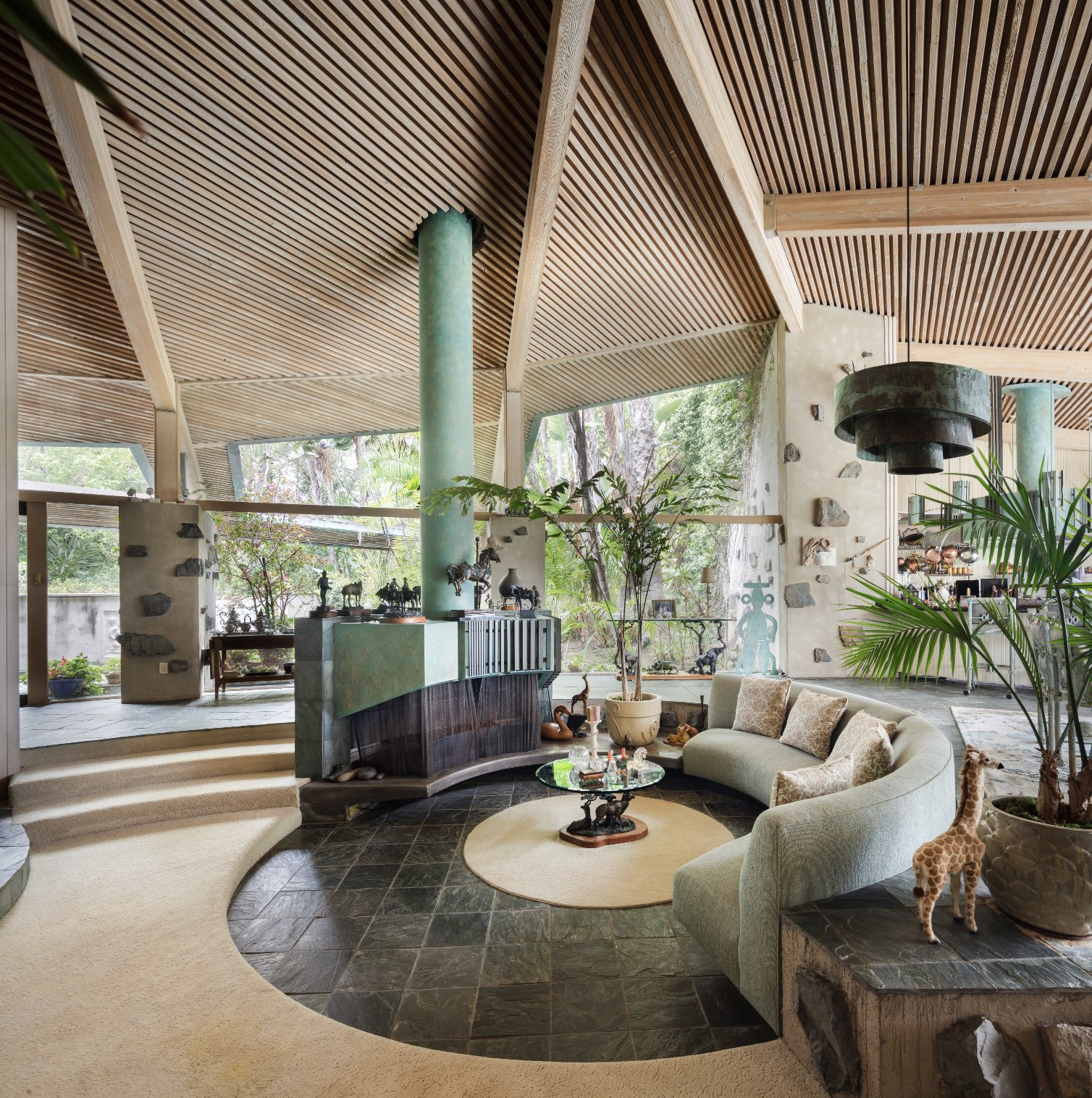 A One-of-a-Kind Midcentury Modern Has Resurfaced on the Market to the Tune of $3M