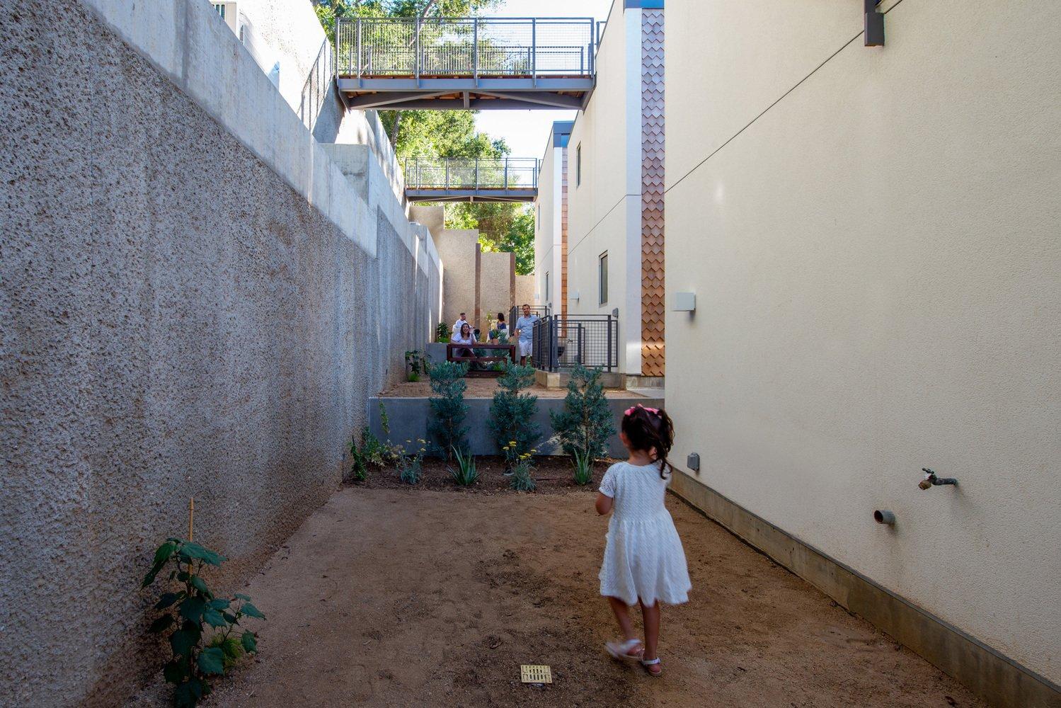 Wonderland Houses backyard