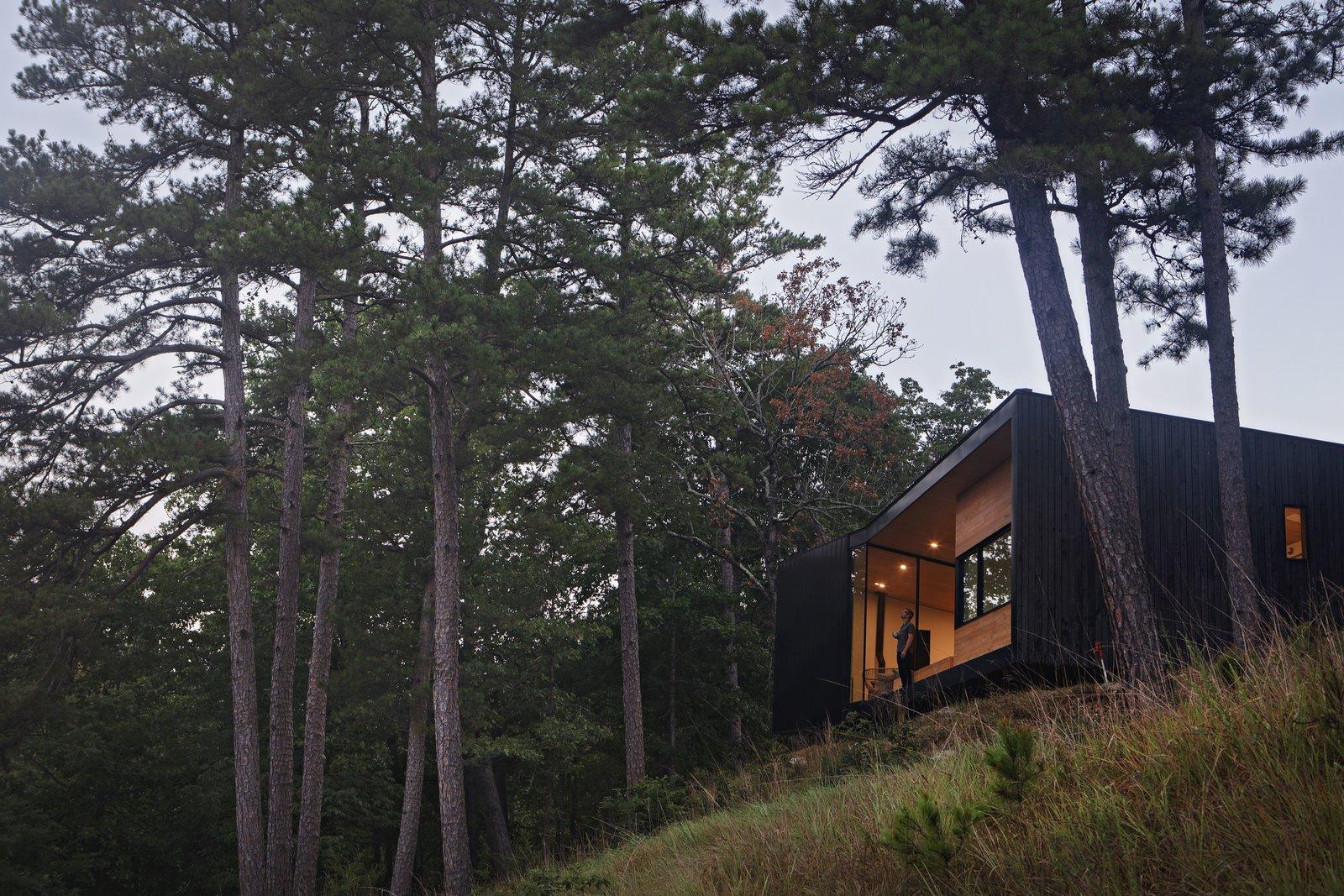 Tanglewood Cabin-Marlon Blackwell Architects