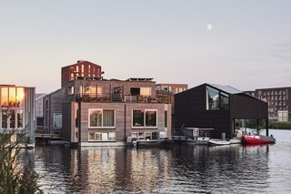 Like-Minded Neighbors Build an Energy-Independent Floating Community in Amsterdam