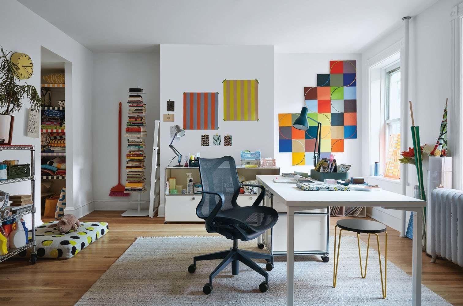 16 Seriously Comfy Home Office Chairs We Ve Got Our Eye On Dwell