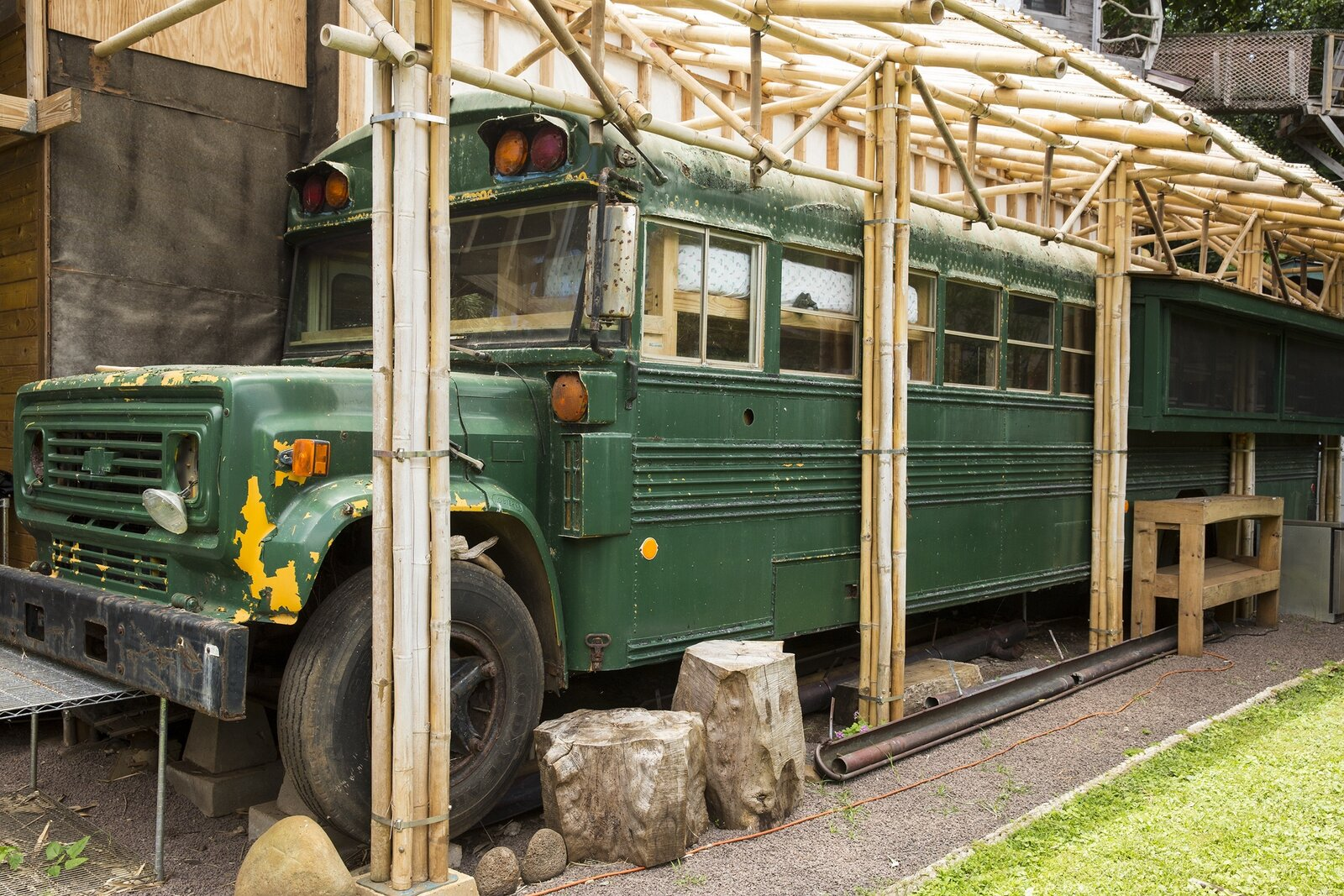 Photo 6 of 10 in These Legendary Surfers' Converted School Bus Connects to a Three-Story Tree House on Hawaii