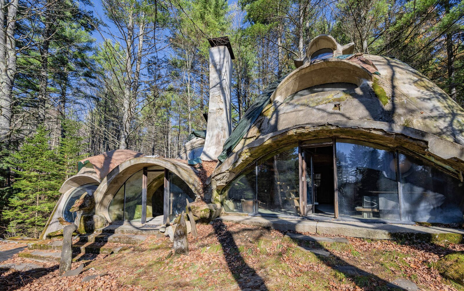 Photo 1 of 12 in Asking $220K, an Architect's Handcrafted Earthen Home Seeks a Visionary Buyer in Vermont