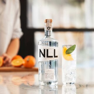 Salcombe Distilling Co. New London Light