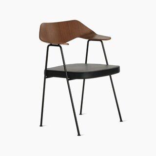 Case 675 Chair