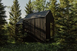 Two DIYers Erect an Off-Grid Cabin in the Canadian Rockies for Next to Nothing