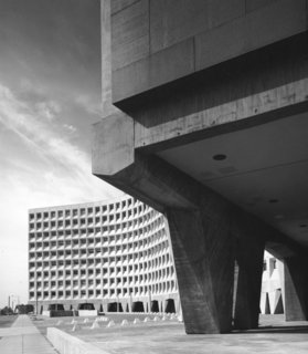 Breuer's Headquarters for Urban Development in Washington, D.C., is a monolithic testament to Brutalism, elevated by massive concrete pillars. Breuer's building came in $4 million under budget, a fact that led to more commissions from the U.S. government. (1963-1968)