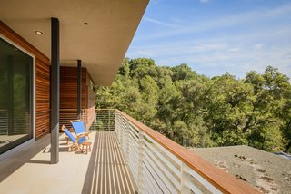The Moody Road House looks out to incredible valley views, thanks to careful site planning.