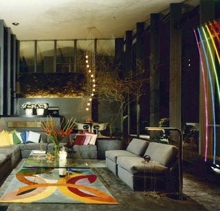 Mcllwee showed us some archive photographs of the house, including this original Julius Shulman gem that shows what the interior looked like in the 1970s.
