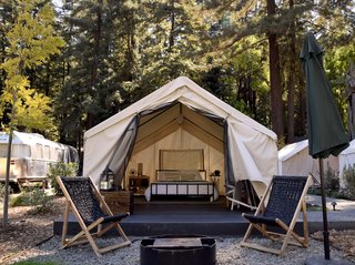 The 5 Outdoorsy Gifts That Every Modern Camper Needs