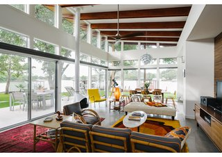 This Texas Lake House Isn't Afraid to Let the Light In - Photo 2 of 3 - #dwellPOW