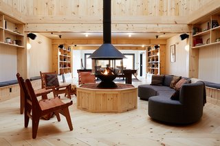 You'll also find a 1,850-square-foot library lounge that can be used as an event space if desired.