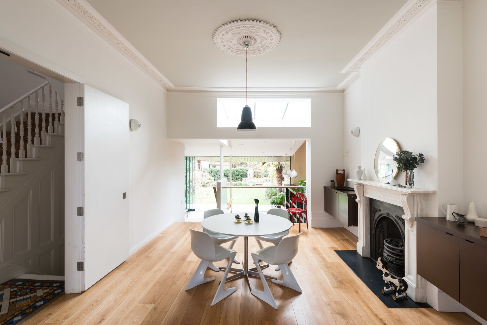 Photo 1 of 9 in A Fusion of Old and New Makes this Home For Sale Shine on London's Womersley Road