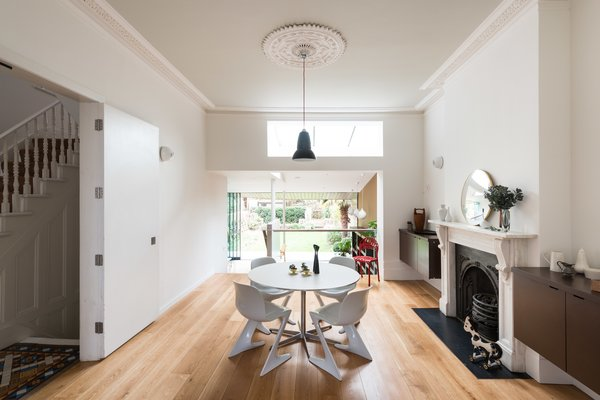 A Fusion of Old and New Makes this Home For Sale Shine on London's Womersley Road